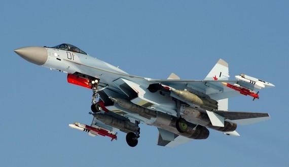 31-su-35-fighter-jet1