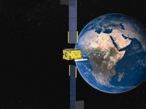 Os satélites militares de comunicações seguras da Astrium agora cobrem o mundo