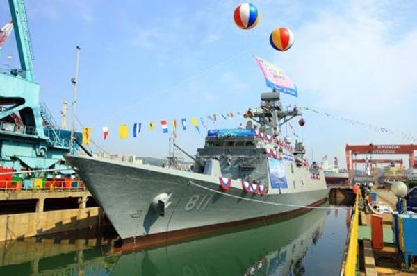 Cerimônia de lançamento da prieira fragata FFX classe Incheaon