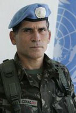 """""""Temos autorização para neutralizar os grupos armados"""""""