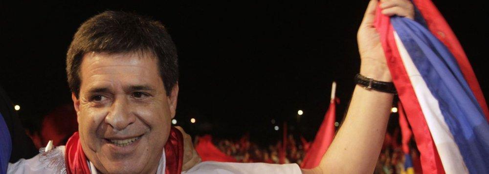 Horacio Cartes, um novato no mundo da política, é o novo presidente do Paraguai