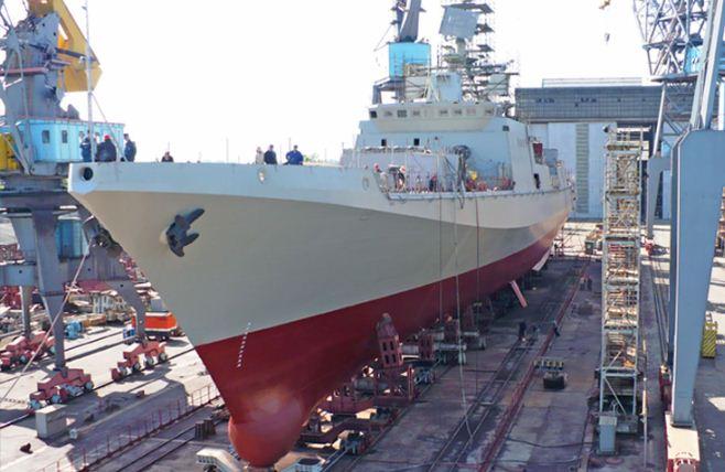 Fragata do Projeto 11356 entregue a Marinha Indiana