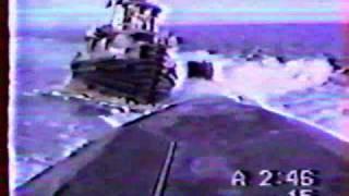 Submarino nuclear afunda rebocador de alto-mar na Ilha de Midway