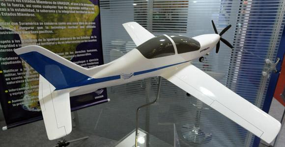 Países sul-americanos criam comitê consultivo do projeto do avião de treinamento básico regional
