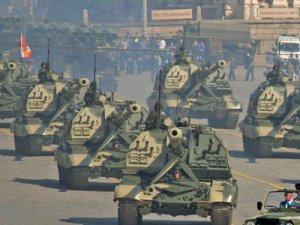russian-tank-parade