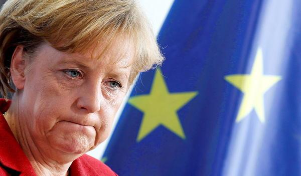 O que Merkel escondeu do seu passado comunista