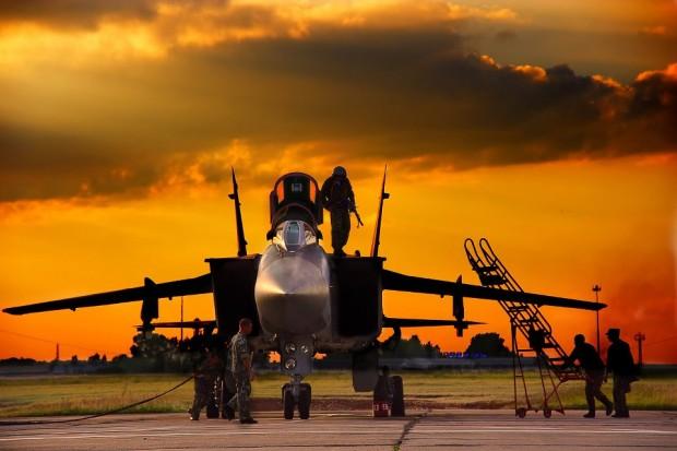 Força Aérea da Rússia recebe mais 15 caças MiG-31 modernizado