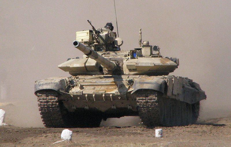 Vietnã planeja comprar tanques T-90 russos