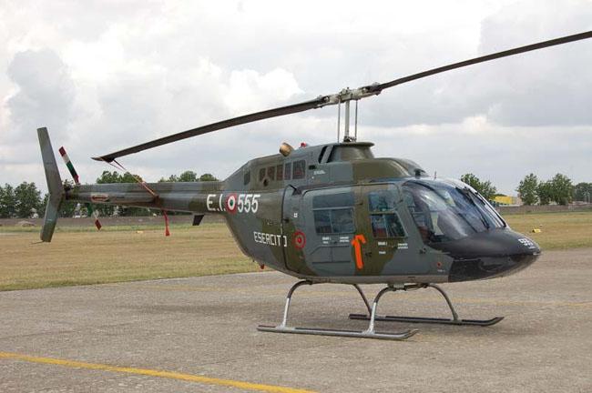 Argentina receberá helicópteros militares de Itália e Canadá