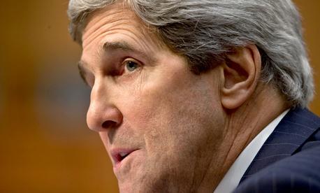 Kerry diz haver forte evidência do uso de armas químicas na Síria