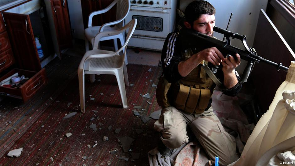 Pressionados, EUA reavaliam possibilidade de armar rebeldes na Síria
