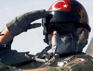 Encontrado o corpo do piloto da Força Aérea turca que caiu próximo a fronteira com a Síria