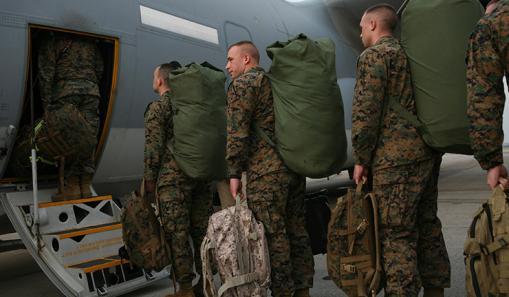 Marinha americana e inglesa prontas para lançar o primeiro ataque à Síria