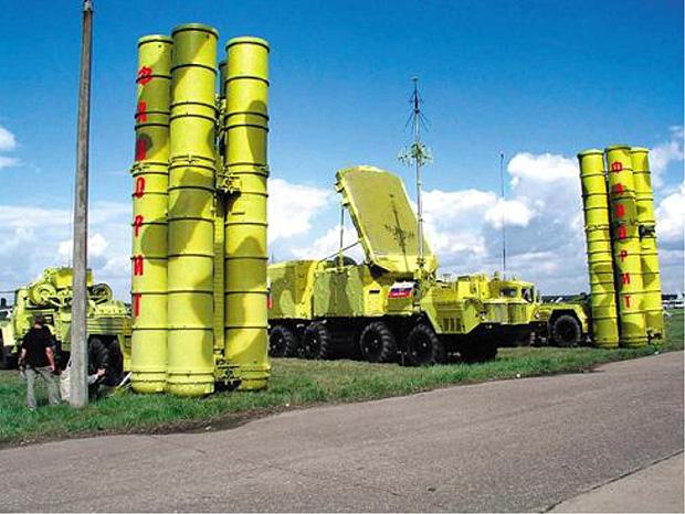 Irã está pronto para reativar contrato do sistema antiaéreo S-300 com a Rússia