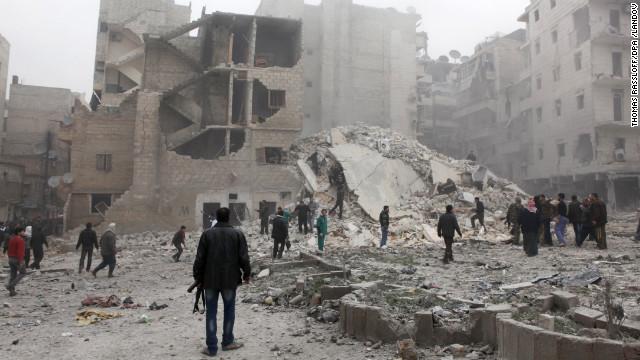 Exército da Síria lança ofensiva em Homs com apoio de aviões