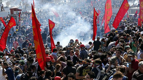 Premiê rejeita rótulo de 'Primavera Turca' em quarto dia de protestos no país