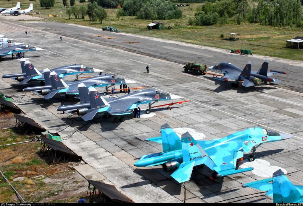 Em linha com os Sukhoi de Voronezh