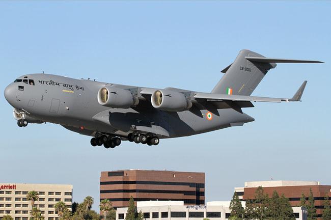 Índia recebe segundo avião de transporte C-17