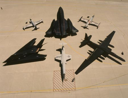 Vídeo: Lockheed Martin Skunk Works® 70 anos, o legado…