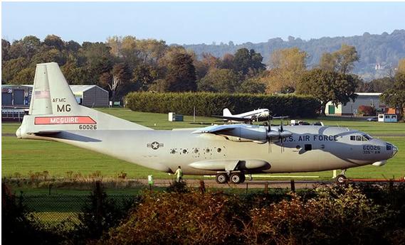 USAF assina a compra de 100 aviões Antonov An-12