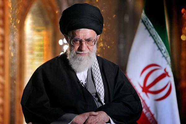 Líder supremo do Irã não descarta diálogo com os EUA