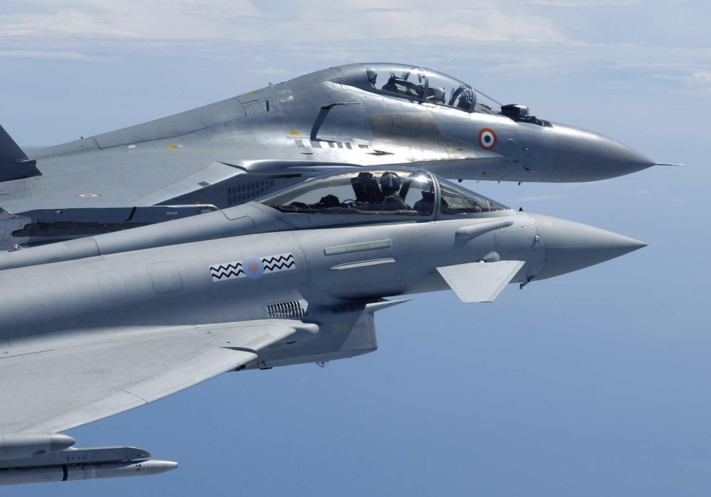 A disputa pelo Ártico tem fomenato o reaparelhamento da Marinah Russa, Nações ocmo a Dinamarca podem em breve adquirir a superioridade aérea naquela região, enfraquecendo o poder de dissuasão Russo.
