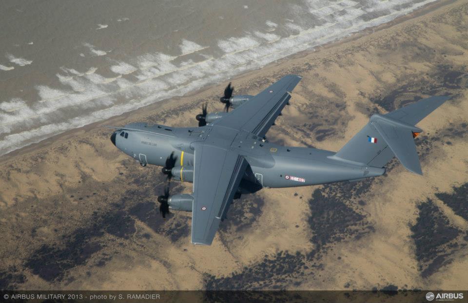 França recebe primeiro exemplar de produção do Airbus A400M