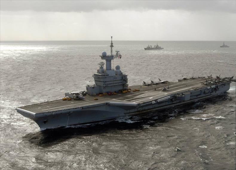 França está pronta para agir na Síria, mesmo sem Grã-Bretanha