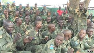 Com apoio da ONU, tropas no Congo se preparam para combater rebeldes