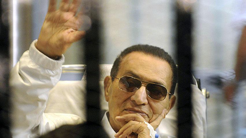 Tribunal egípcio ordena que o ex-presidente Mubarak seja libertado