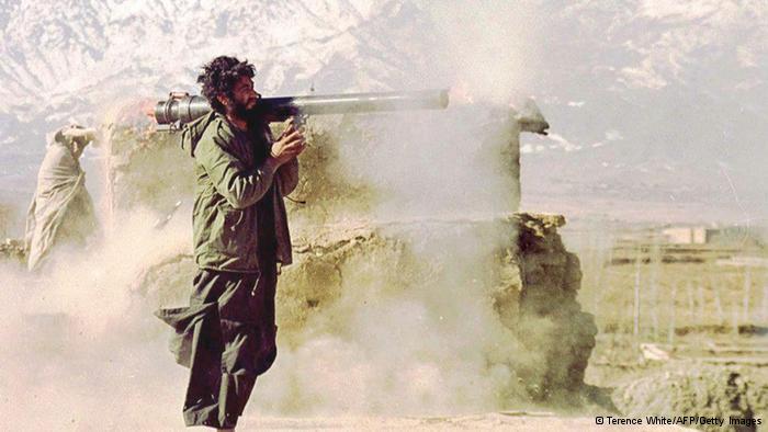 Enquanto tropas saem, Talibã se fortalece no Afeganistão