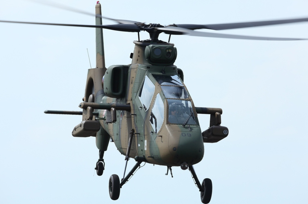 Kawasaki OH-1 ( Ninja) light military reconnaissance helicopter Japan Ground Self-Defense Force, Military Attack Helicopters gunship OH-6 Loach Agustaexport AT129 Mangusta AH-1 SuperCobra Boeing AH-64 Apache  (2)