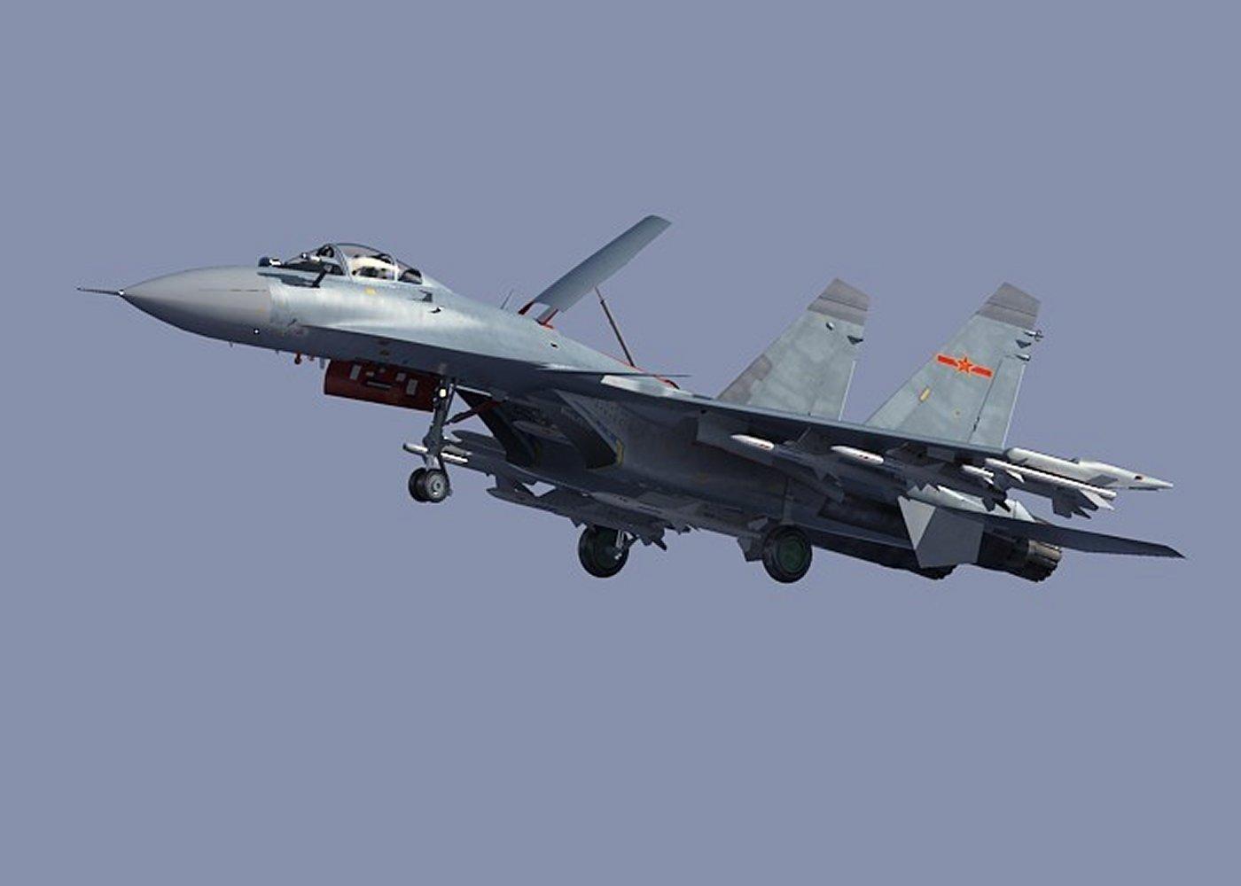 Caça chinês J-15 entra em produção em massa