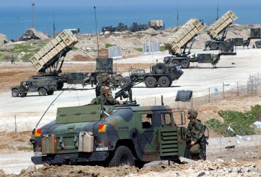 Turquia posicionou foguetes terra-ar na fronteira com Síria