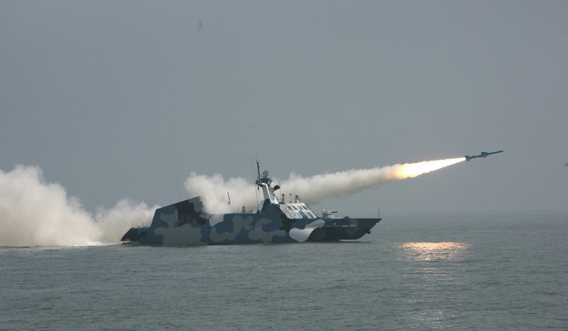 Paquistão negocia a compra de 6 barcos lança mísseis Type 022 Houbei