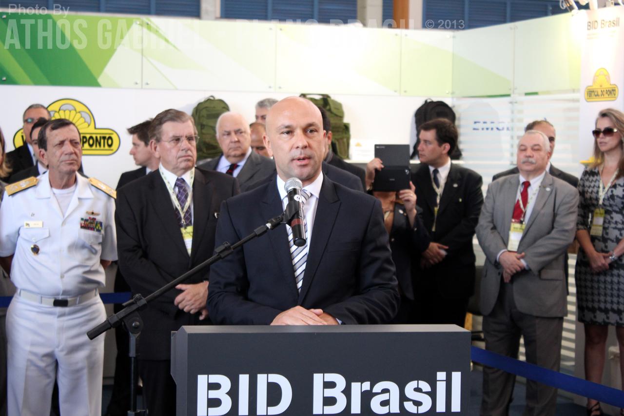 Pronunciamento do Diretor da APEX, Ricardo Santana