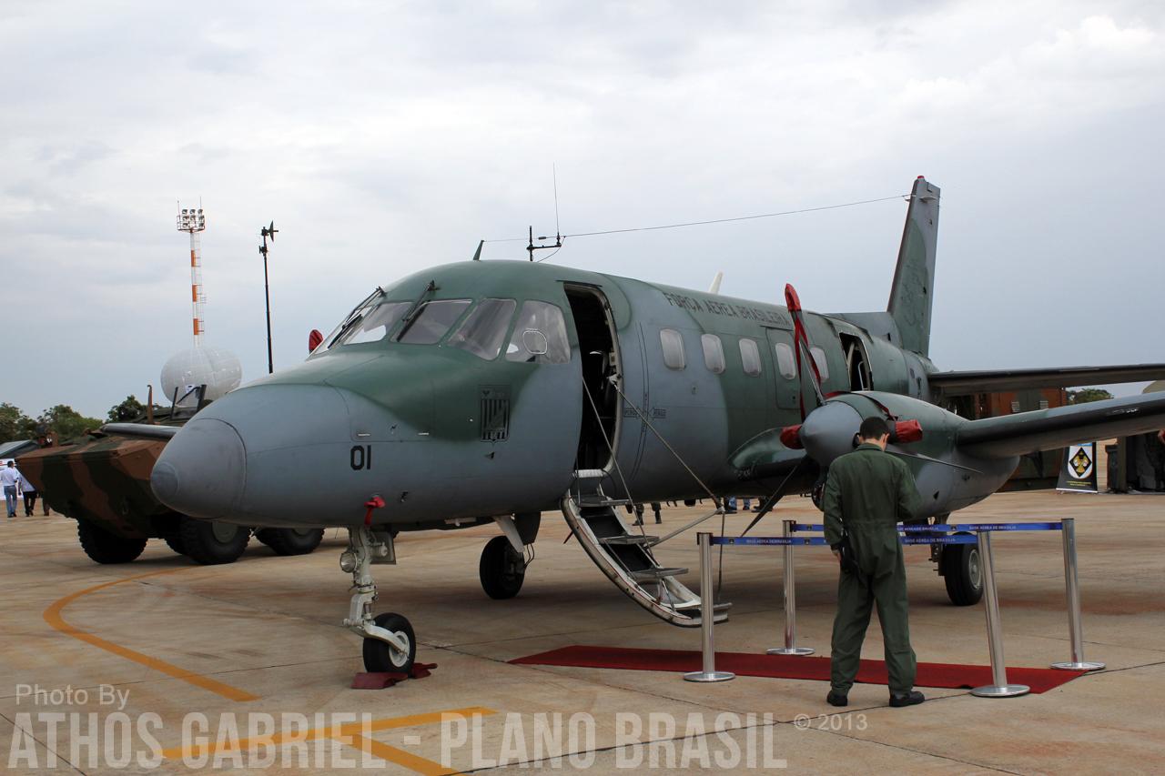 Olhando de perto o C-95MB na BID Brasil 2013