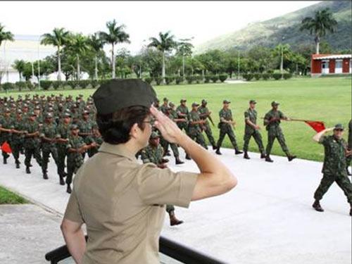 """Marinha do Brasil: """"CIAMPA recebe a visita da Vice-Chefe dos Capelães estadunidenses"""""""