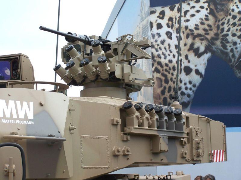 KMW: FLW 200 com lançadores de granadas