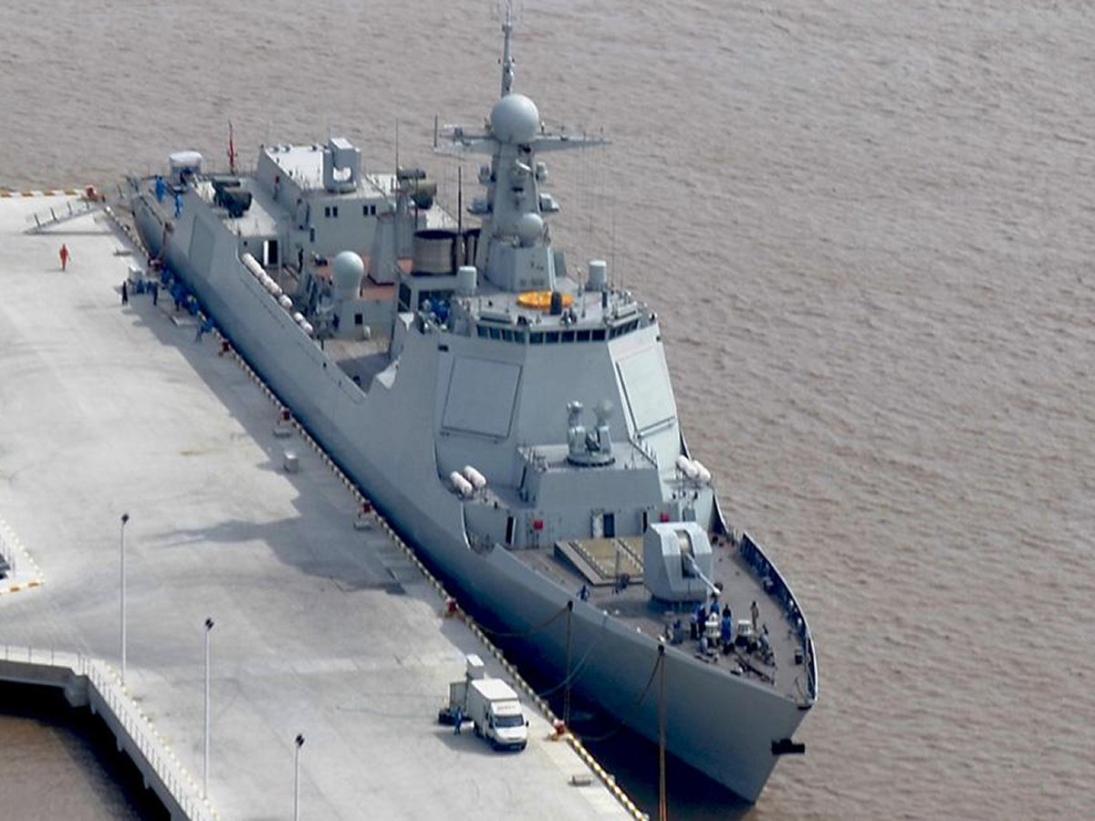 NEW Type 052C HHQ-9 destroyer Luyang II class Lanzhou People's Liberation Army Navy china Active Electronically Scanned Array(AESA) Type 730 CIWS C-805 602 anti-ship land attack cruise missiles 171234 (5)
