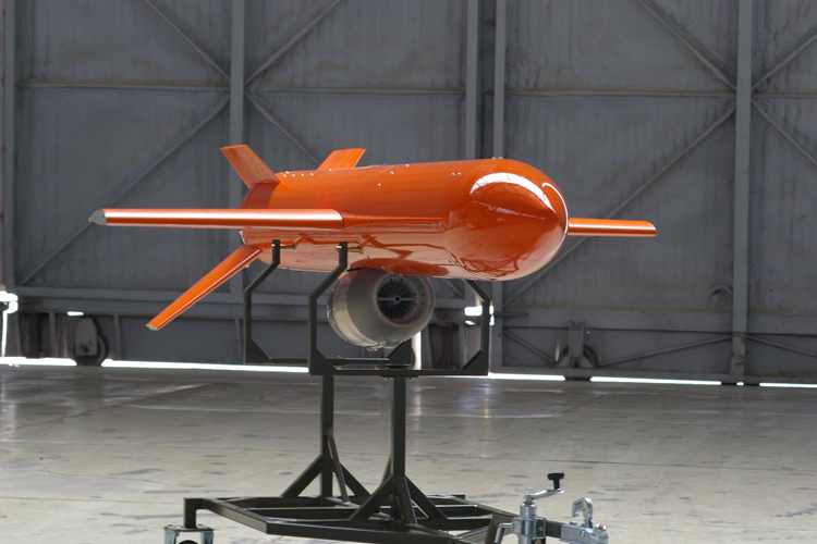 Força Aérea Brasileira recebe aviões não tripulados da Espanha