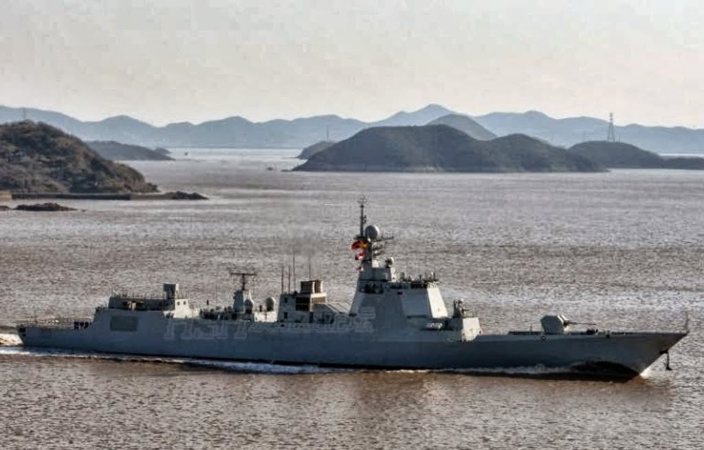 Images of the day Chinese Second Commission Type 052D)-class guided missile destroyers DDG172, DDG173 Changsha undergo sea trial near Zhoushan (1)