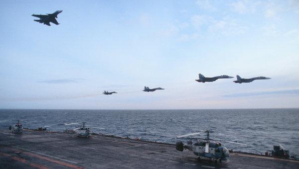 Navios e aviões russos voltam para Cam Ranh vietnamita