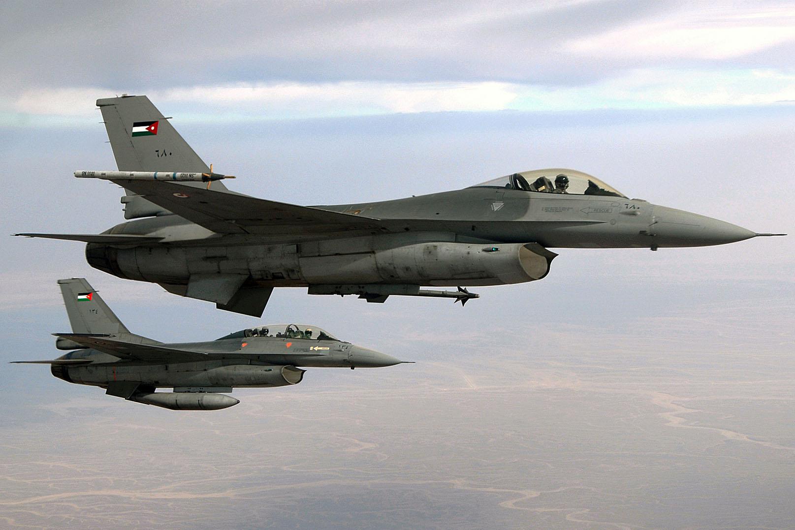 Paquistão recebe cinco caças Lockheed Martin F-16A/B da Jordânia