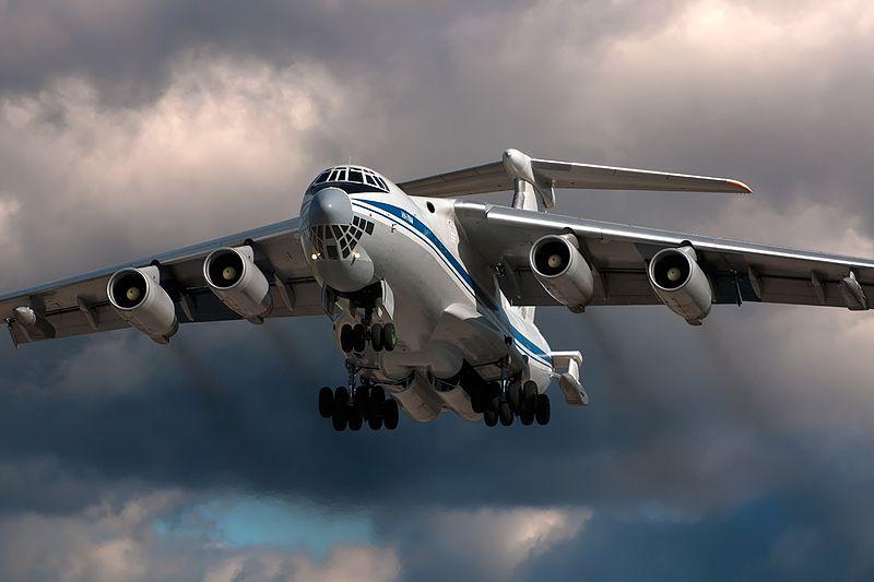 800px-Ilyushin_Il-78M_(RA-78824)