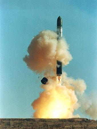 340px-Dnepr_rocket_lift-off_1