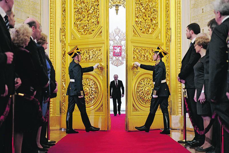 Bilionários russos temem isolamento por culpa de Putin