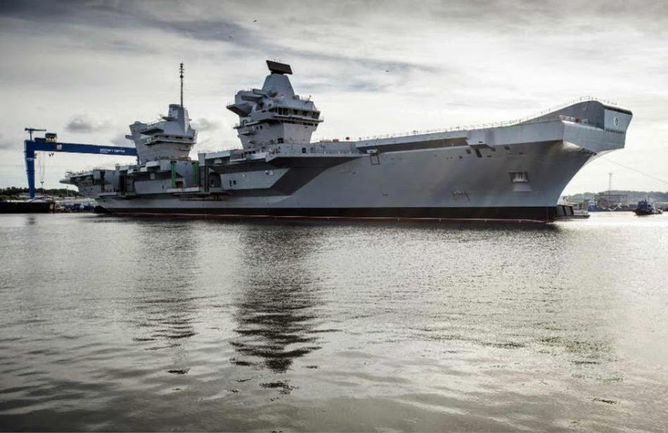 Britain's Queen Elizabeth aircraft carrier out of the docks for first time 3