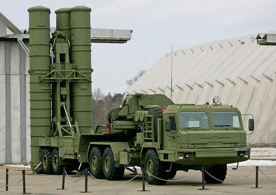 Sistemas de mísseis russos S-400  para China