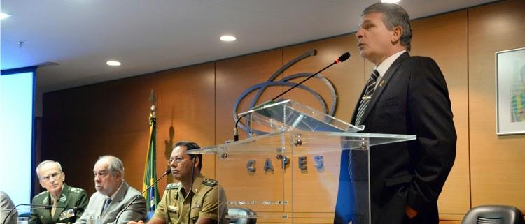 Exército vai criar centro tecnológico para integrar academia e indústria de Defesa